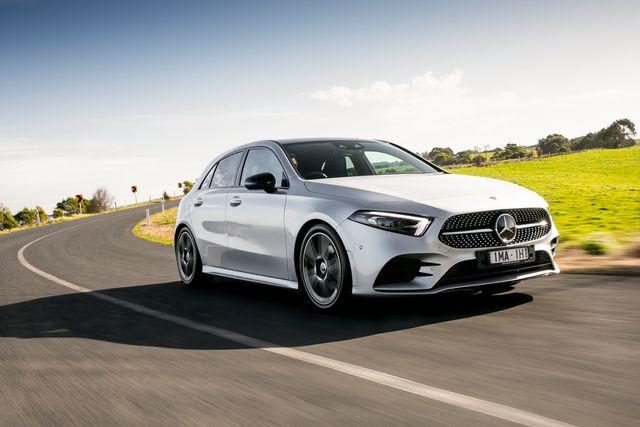 Mercedes-Benz triệu hồi xe vì lỗi… tuột túi khí