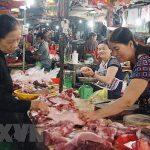 Yêu cầu giảm giá thịt heo về mức 75.000 đồng/kg