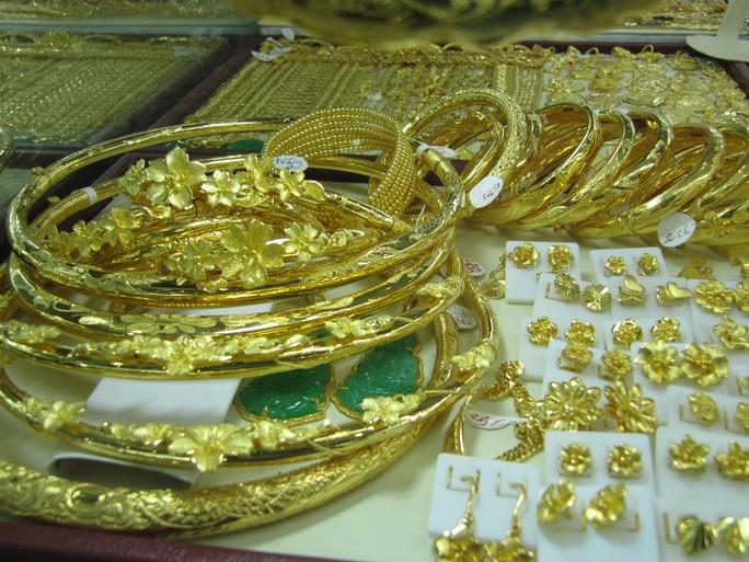 Chuyên gia nước ngoài: 'Giá vàng sẽ tiếp tục lập đỉnh mới'