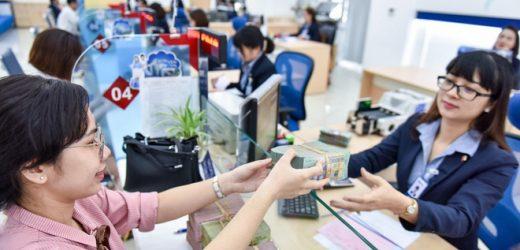 Hơn 4.000 nhân viên ngân hàng nghỉ việc năm qua