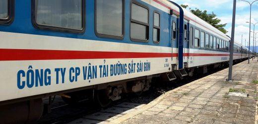 Đường sắt giảm giá vé khách tập thể dịp Tết Dương lịch