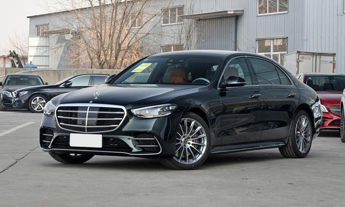 Dính lỗi tín hiệu khẩn cấp, Mercedes triệu hồi tiếp 2,6 triệu xe
