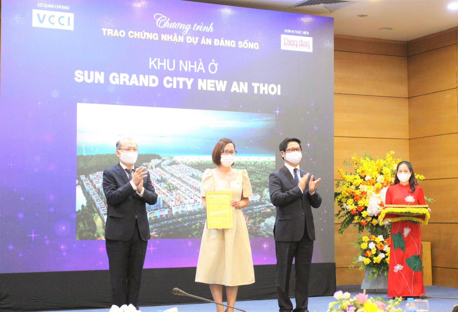 """Sun Property """"ẵm"""" 4 giải thưởng tại chương trình """"Dự án đáng sống 2021"""""""