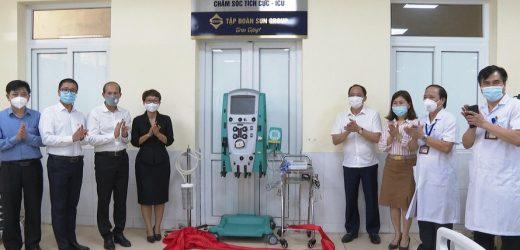 Sun Group trao tặng trang, thiết bị y tế cho Hà Tĩnh và Hưng Yên